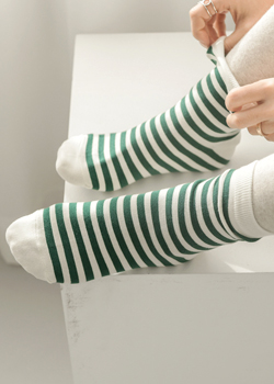Lucie Stripe Socks JA1432